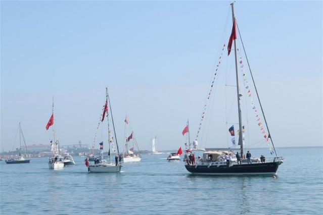 Deniz Kuvvetleri Atatürk Rallisi Yelkenlileri böyle geçiş yaptı.