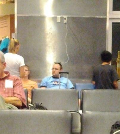 İşte havaalanları içerisinde ve uçaklarda çekilmiş birbirinden tuhaf insanlar.