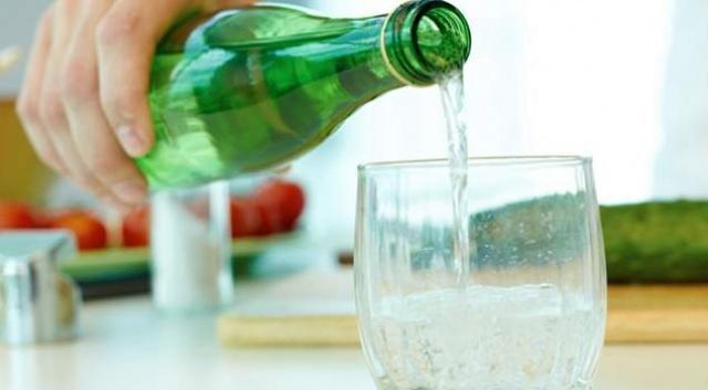 Yüksek tansiyon ve kalp rahatsızlığı olan kişiler özellikle sodyum oranı az maden sularını tercih etmeli.