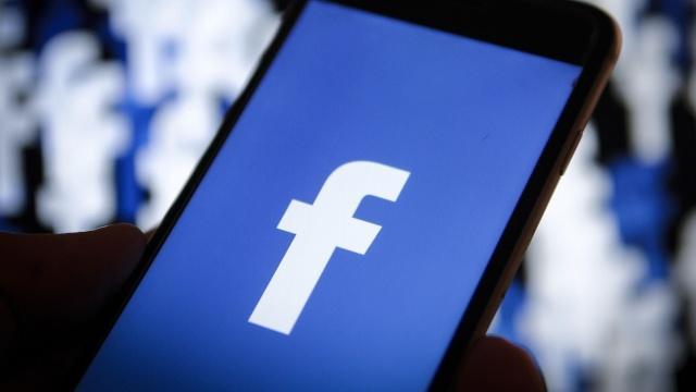 Son yıllarda kullanıcı gizliliği ile ilgili sorunlar nedeniyle büyük cezalar ödeyen Facebook, güvenilirliğini de günden güne kaybediyor.