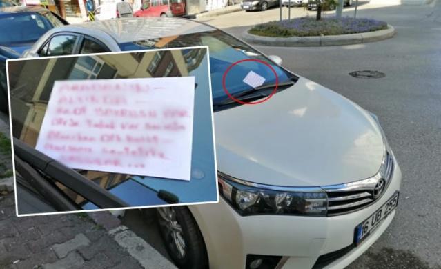 Bir vatandaş tarafından kedi için arabanın üzerine bırakılan not duygulandırdı!