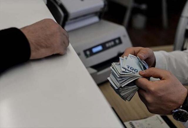 Memur maaşlarına doğrudan etki edecek olan enflasyon oranı açıklandı. Enflasyon farkı memur ve memur emeklisi maaşlarına ne kadar yansıyacak?