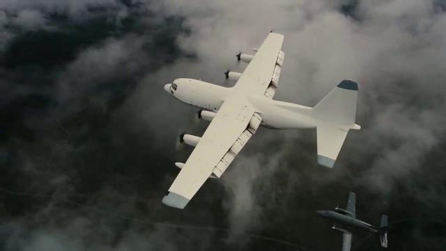 """Bilim insanlarına göre havacılık teknolojisinin ilerlemesi sonrası uçaklar daha az yakıt yakmak için, daha yüksek irtifalarda uçmaya başlayacak. Daha yüksek rakımlarda hava sıcaklığı çok daha düşeceği için, bu beyaz izlerin atmosferde kalma süresi de artacak. Ulrike Burkhardt, """"Sivil havacılık taşımacılığı önümüzdeki yıllarda da giderek artacak. Bu da şunu gösteriyor ki, uçakların atmosferde bıraktığı beyaz izlerin etkisi, karbondioksit etkisinden çok daha fazla olacak."""" diyerek küresel ısınma konusunda belki de hiç gündeme gelmeyen bu soruna dikkat çekiyor."""