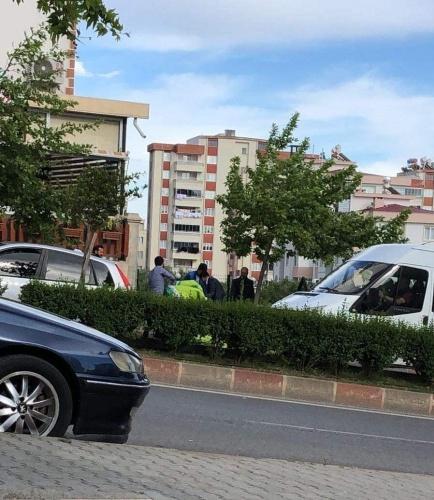 Kahramanmaraş'ta ters rüzgara kapılan paraşütçü yere çakıldı!