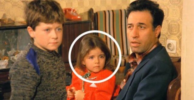 Yeşilçam'ın efsane filmleri içinde gösterilen ve Kemal Sunal'ın oynadığı 'Şendul Şaban' ile ilgili ortaya çıkan gerçek herkesi şaşırttı. Efsane filmde Şaban'ın minik kızını canlandıran çocuk oyuncu bakın kim çıktı.