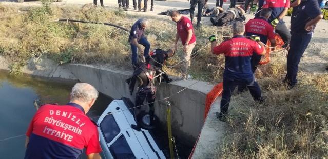 Kazada ölen 2 kişinin cansız bedeni otopsi yapılmak üzere Pamukkale Üniversitesi Hastanesi Adli Tıp Kurumu morguna kaldırıldı.