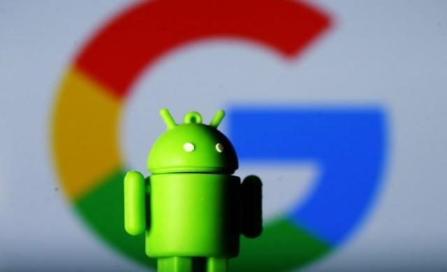 Google ile Rekabet Kurumu'nun arasında yaşanan anlaşmazlık, yeni çıkan Android işletim sistemli akıllı telefonlarda Google uygulamalarının kullanılamayacak olmasıyla sonuçlandı...