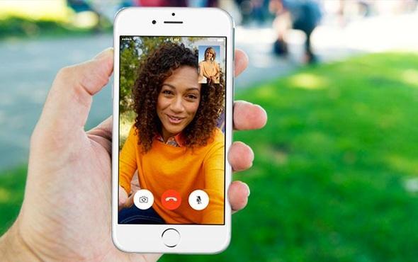 iPhone kullanıcılarının belki de en sevdiği uygulama olan FaceTime hakkında güvenlik açığı fark edildi. Karşılıklı görüntülü konuşma uygulaması olan FaceTime'da iPad veya iPhone ile arama gerçekleştirdiğinizde, karşı tarafta iOS 12.1'li bir cihaza sahipse, aramanızı cevaplamadığı halde onu dinleyebildiğiniz fark edildi.