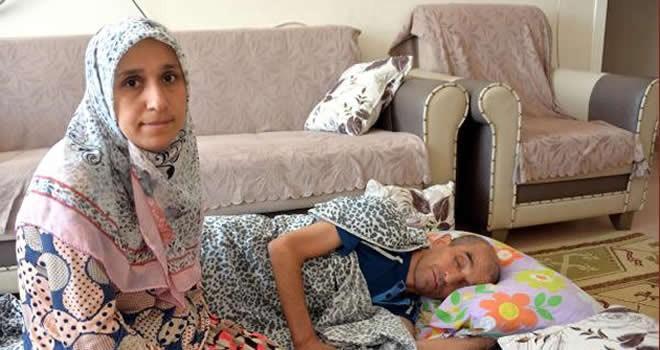 Kahramanmaraş'ta 3 çocuk annesi, eşinin sağlığına kavuşmasını bekliyor