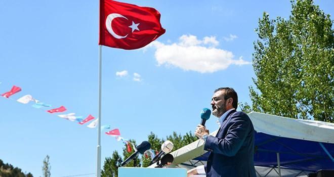 AK Parti Sözcüsü Ünal: 'Sen kimin sözcüsüsün'