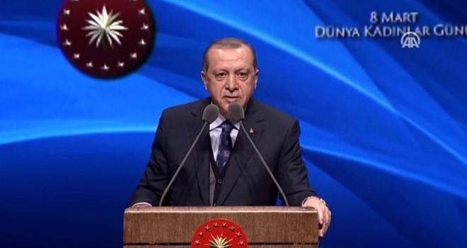 Cumhurbaşkanı Erdoğan ateş püskürdü: Şimdi bir çok hocaefendi beni tefe koyup çalacak