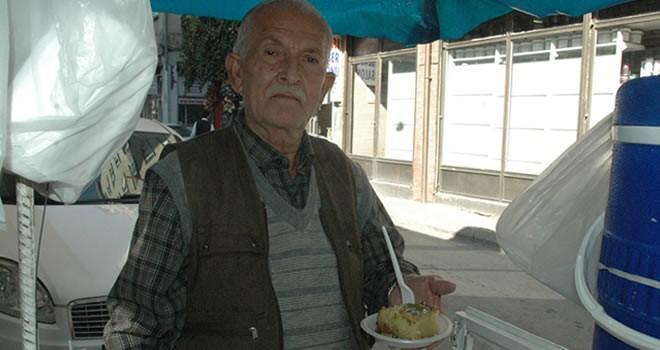 Kahramanmaraşlı yaşlı adamın hayatı tatlıcılıkla değişti