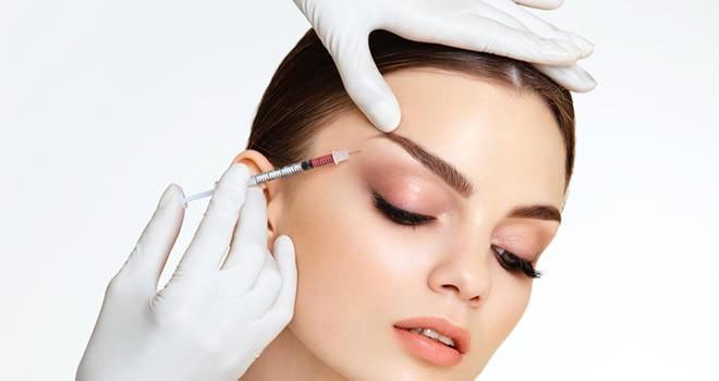 Sosyal medya gençlere botoks  baskısı yapıyor