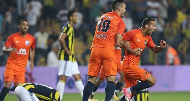 Kadıköy'de kabus... Fenerbahçe evinde mağlup oldu!