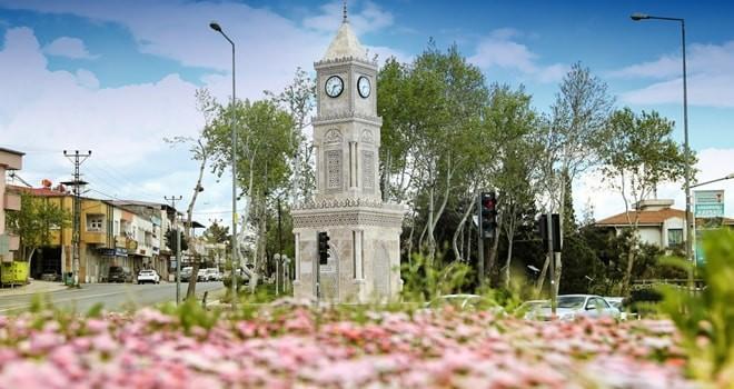 Dulkadiroğlu'nun yeni silueti: Saat kulesi