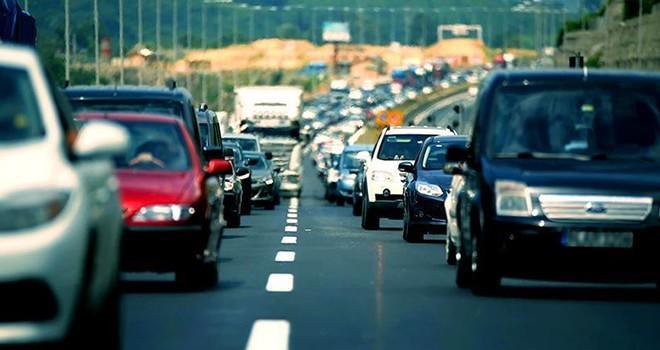 Trafikte yeni dönem! İlk etapta 3.5 milyon araca takılacak