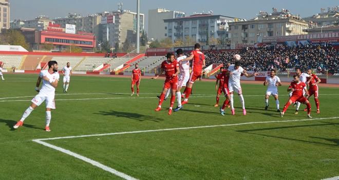 Kipaş Kahramanmaraşspor: 2 - Zonguldak Kömürspor: 0 (Maç Sonucu)