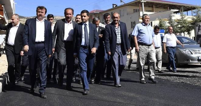 Başkan Erkoç Çağlayancerit'te devam eden çalışmaları yerinde inceledi