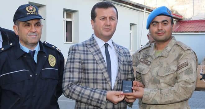 Başkan Bozdağ'dan Afrin'de görev yapan Mehmetçiğe kaplosuz şarj desteği