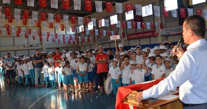 Türkoğlu'na müjde! Tam 800 sporcu ile kapalı spor salonu açıldı