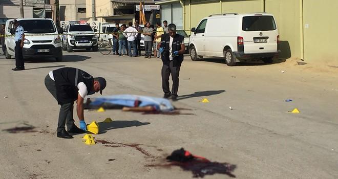 Adana'da trafik polisi 3 kişiyi öldürdü