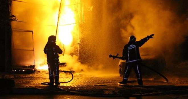 İstanbul'da bir binada doğalgaz patlaması