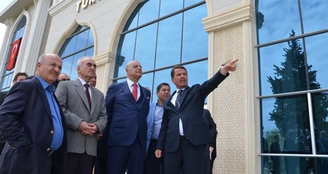 Eski Bakan Sağlam referandum çalışmaları için Türkoğlu'nda