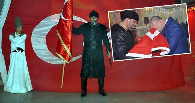 Elbistan'da ''Biz Biriz'' oyunu sahnelendi