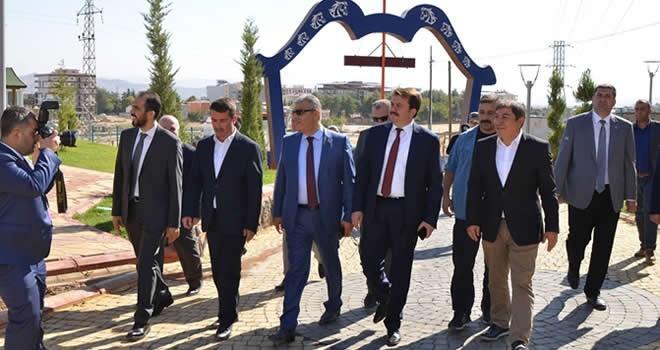 Kaynak; Türkoğlu'nun en prestijli projesini yerinde inceledi
