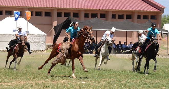 2. Uluslararası Türkoğlu Avasım Türk Oyunları Festivali sona erdi