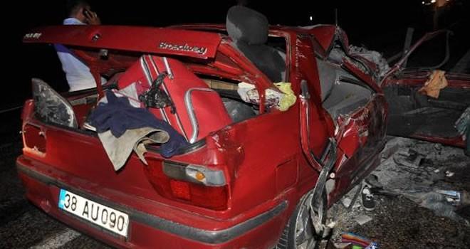 Gölbaşı'nda trafik kazası: Ölü ve yaralılar var