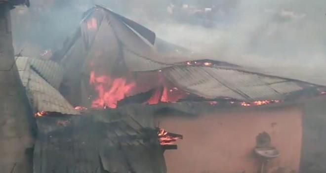 Kahramanmaraş'ta patlayan buzdolabı evi yaktı