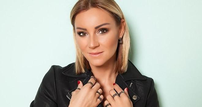Pınar Altuğ FOX TV'de izleyici karşısına çıkacak