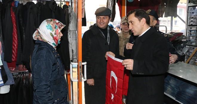 Pazarcık ilçesi Türk bayraklarıyla donatıldı