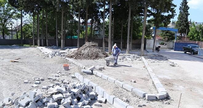 Dulkadiroğlu Belediyesi çalışıyor, okul bahçeleri güzelleşiyor!