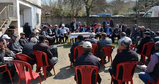 Milletvekili Dilipak, referandum çalışmaları için Türkoğlu'nda çeşitli ziyaretlerde bulundu