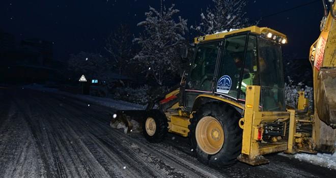 Dulkadiroğlu ekipleri kar'a savaş açtı