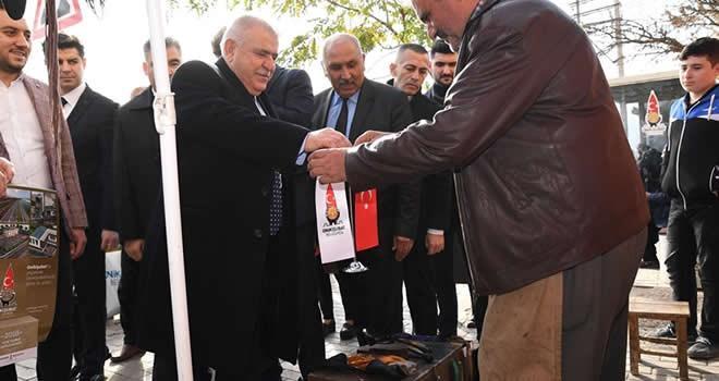 Başkan Hanefi Mahçiçek, 2018 öncesi esnaflara ziyarette bulundu