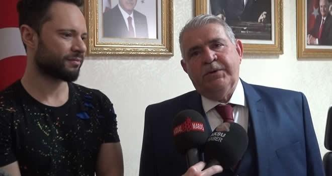 Ünlü Şarkıcı Özgün, Başkan Mahçiçek'i makamında ziyaret etti
