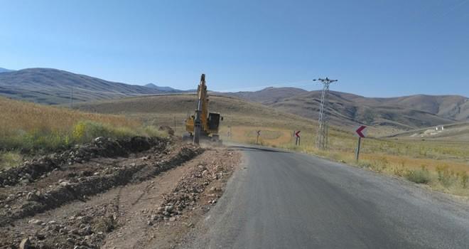 Büyükşehir'den Elbistan'da yol genişletme çalışması sürüyor!