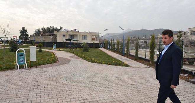 Türkoğlu Belediyesi ilçeyi parklarla donatıyor
