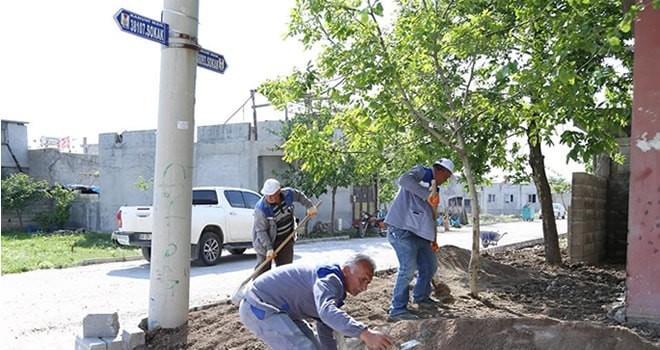 Dulkadiroğlu Belediyesi'nden Kanuni Mahallesinde kilit parke çalışması