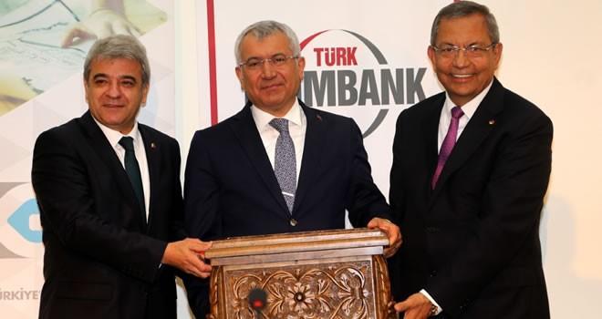 Eximbank Genel Müdürü Yıldırım: 'İhracat kredilerinin yüzde 41'den fazlasını veriyoruz'