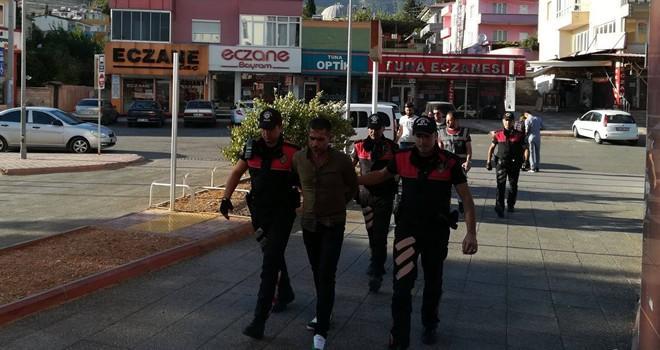 Kahramanmaraş'ta vatandaşların çantalarını çalan hırsız yakalandı