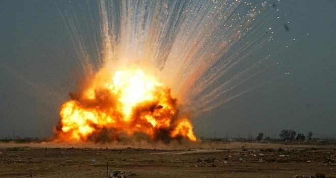 Suriye Deyr el zor'da büyük patlama! Şam elektriksiz kaldı