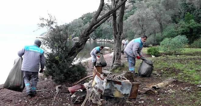 Tatil cennetindeki adalardan 5 ton çöp çıktı