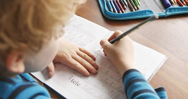 Devrim gibi karar: Okullarda 'bitişik eğik el yazısı' kalktı