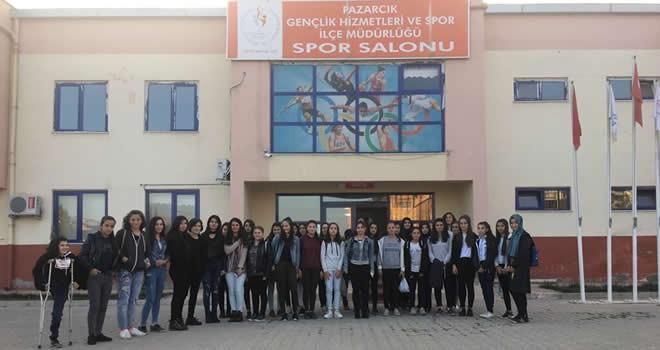 Pazarcık'taki 40 öğrenci Malatya Darende gezisine gitti