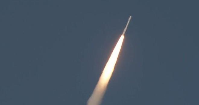 Türkiye için tarihi an! GÖKTÜRK-1 uydusu fırlatıldı