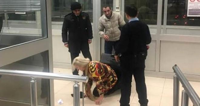 Sınır kapısında şok görüntü! Bavulun içinden kadın çıktı